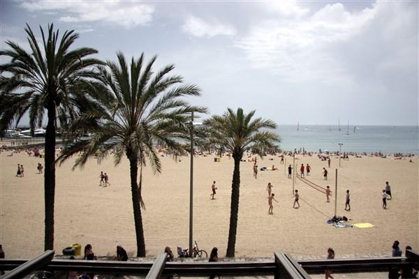 La Barceloneta plajı