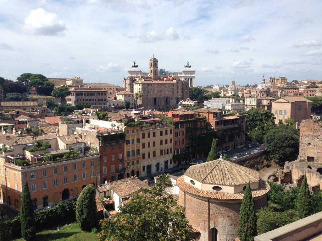 Roman Forum teraslarından Roma manzarası