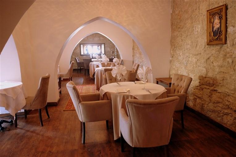 Restoranın iç kısmı